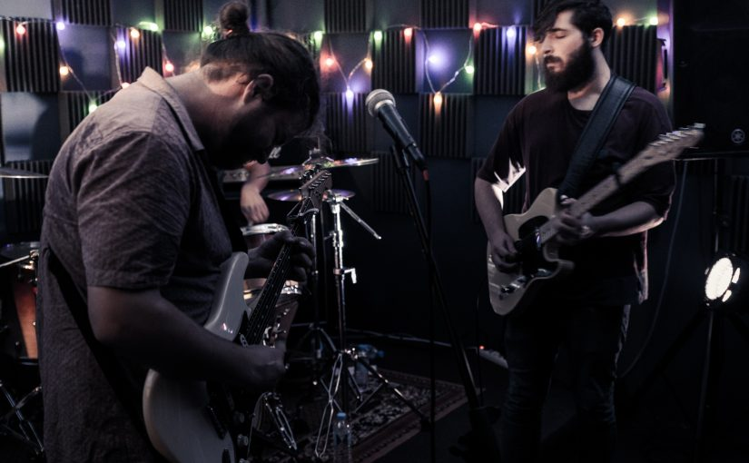Le Forum Live Session – The Cardboard Swords