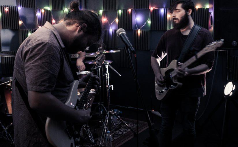 Le Forum Live Session – The Cardboard Swords